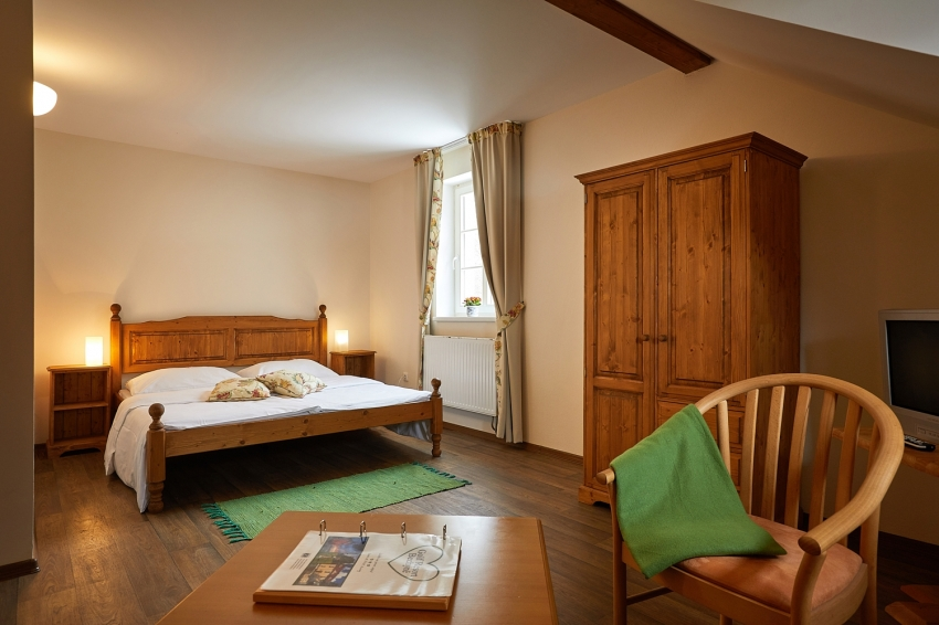 Price list and rooms